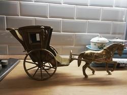 Réz Lovaskocsi hintó fogat ló nagyméretű figura szobor