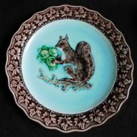 Gebrüder Horn antik majolika tányér mókussal