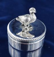 Édes ezüst kacsás szelence