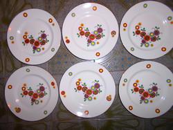 6 db Hennenberg Helena  tányér  együtt