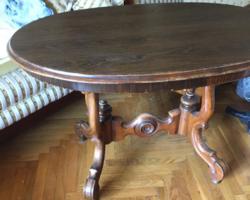 Biedermeier/klasszicista stílusú  asztal