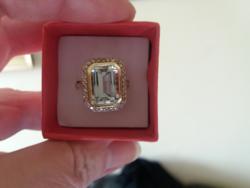 Akvamarin - gyémántokkal 14.kr.arany gyűrű