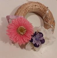 Tavaszi húsvéti koszorú ajtóra 22 cm átmérő lila, rózsaszín virágos, csillogó, pöttyös