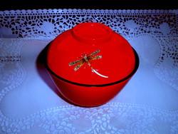 Szép-kímélt állapotú keleti lakk doboz-- vörös -fekete szín -szitakötő motívummal