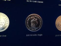 $10 Heraldic Eagle  - legszebb amerikai érmék, ⌀ 39 mm, aranyozott replika