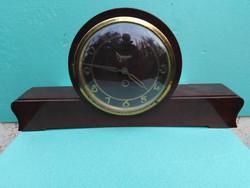 Óragyári Kandalló óra