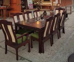 Kínai étkezőasztal, 6 db szék, 2 db karfás szék