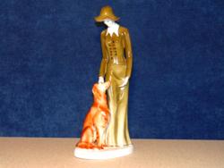 Hollóházi kalapos kutyás hölgy figurális szobor 41 cm magas