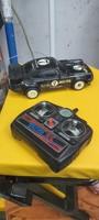 Radiotaviranyìtasú régi autó