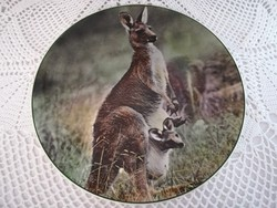 "Royal Doulton ""Mother kangaroo with Joey"", tányér"