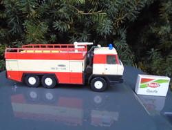 1980-ból. Régi lemezjáték . Tatra tűzóltóautó !
