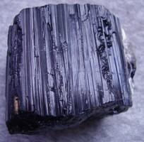 Természetes fekete turmalin