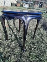 Gyönyörű faragásos antik asztal