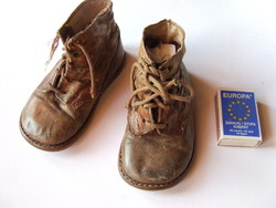 Régi, antik babacipő, baba cipő, gyermek cipő, bakancs
