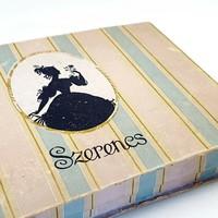 Bonbon desszert Régi retro csokoládés papír doboz 70-es évek Szerencs