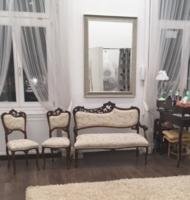 Gyönyörű 8 részes neobarokk szalongarnitúra eladó!(1db szófa, 4db szék, 2db karosszék, 1db asztalka)