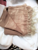 Szebbnél szebbek molett nálam 100% selyem sál stóla extra méret 170x50 bézs, aranyba hajló alkalmi