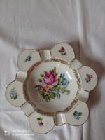 Herendi porcelán virágmintás hamutál, jubileumi pecsétes jelzéssel