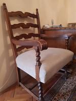 Koloniál karfás szék új kárpittal