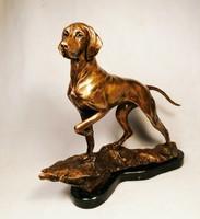 Magyar Vizsla a hegytetőn bronz szobor