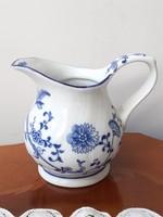 Kék fehér hagymamintás porcelán tejszínkiöntő koronás K jelzéssel