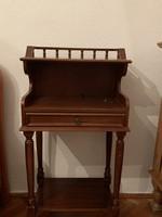 Old German with a drawer nachtkastni