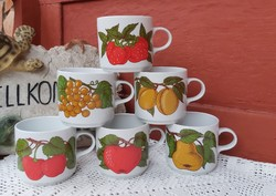 Alföldi porcelán bögre barackos meggyes epres  szőlős almás körtés gyümölcsös  Gyűjtői nosztalgia