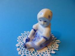 Zsolnay porcelán kislány Annuska