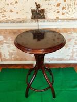Antik thonet asztal