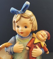 Hummel kislány bábbal --- 14 cm