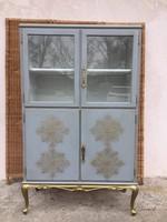 Különleges, kecses vitrines szekrény, Komód, tálaló