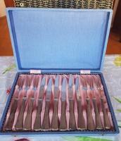 Jelzett ezüst desszertes készlet. 6 személyes, eredeti dobozában. Evőeszköz, kés, villa