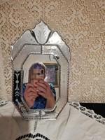Eladó antik velencei jellegű metszett tükör!
