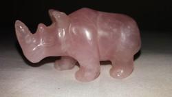 Rózsakvarc orrszarvú figura