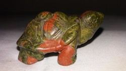 Unakit ásvány teknős figura