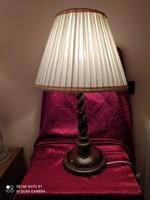 Koloniál asztali lámpa
