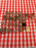 28 darab antik üvegdugó - üveg dugó - patika - csiszolt vastag tető