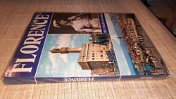Firenze: 280 színes fénykép (angol nyelvű kiadás) 990.-Ft