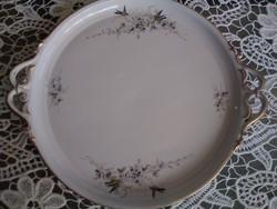 Hüttl Tivadar kézzel festett madaras porcelán tálcája a Monarhiából.