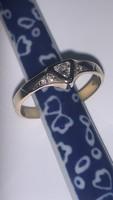 Arany gyűrű gyémánt kövekkel dîszítve