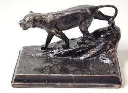 Nőstény oroszlános antik fém kisplasztika / szobor