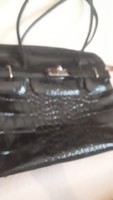 Újszerű bőr táska Vera Pelle
