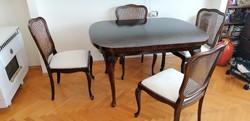 Neobarokk étkező asztal székekkel