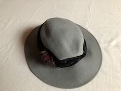 Szürke női kalap