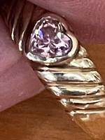 Nagyon szép konzervatív 14 kr arany gyűrű eladó!Ara:42.000.-