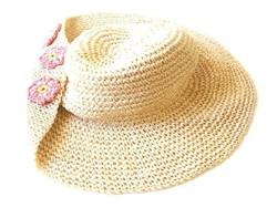 Elegáns régi raffia kalap, nagykarimájú, virágdíszes