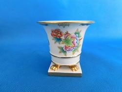 Herendi Viktória körmös  váza