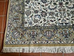 270 x 190 cm kézi csomozasu perzsa szőnyeg eladó