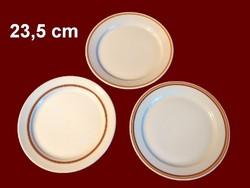 3 db különböző barna csíkos alföldi porcelán nagy lapos tányér darabra pótlásnak