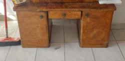 Eredeti egyedi készítésű antik art deco dió gyökér íróasztal